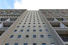 БЕРЛИН, ГЕРМАНИЯ - ИЮЛЬ 2014: Corbusier Haus было конструировано мимо Стоковые Фотографии RF