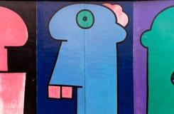 БЕРЛИН, ГЕРМАНИЯ - 22-ОЕ ОКТЯБРЯ 2017: Искусство улицы кнопперса Ист-Сайд Стоковое Фото