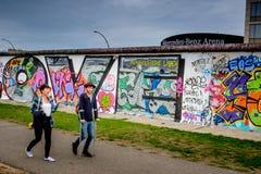 Берлин, Германия - 21-ое сентября 2015: Галерея Ист-Сайд Берлинской стены Стоковая Фотография RF