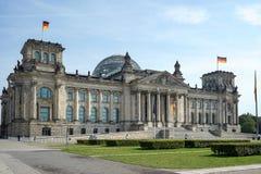БЕРЛИН, GERMANY/EUROPE - 15-ОЕ СЕНТЯБРЯ: Reichstag в Берлине Стоковое Фото