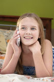 беседуя телефон девушки Стоковое Фото