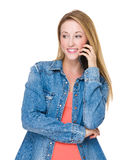 беседа телефона к женщине Стоковое Изображение RF