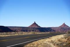 Бесконечная дорога в Юте, зиме, каньоне приземляется парк нации Стоковое Изображение