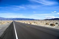 Бесконечная дорога в Юте, зиме Стоковая Фотография