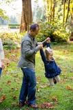Беспристрастная потеха парка с детьми Стоковые Изображения