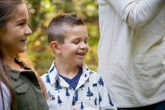 Беспристрастная потеха парка с детьми Стоковое Фото