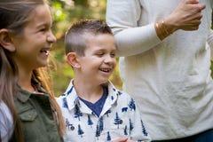 Беспристрастная потеха парка с детьми Стоковая Фотография RF
