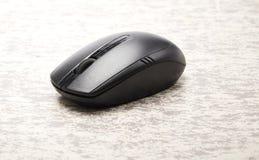 беспроволочная черная мышь компьютера Стоковая Фотография RF