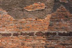 Бетон и кирпичная стена старого остаются Стоковое Изображение RF
