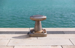 Бетон, пал и голубое море Стоковое фото RF