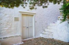 Белая дверь Стоковая Фотография