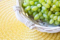Белая виноградина - Pizzutello стоковые фото