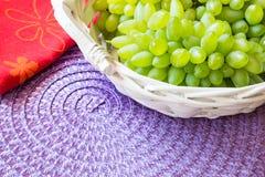 Белая виноградина - Pizzutello стоковые фотографии rf
