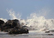 Белая вода и грубый ветер на северном океане Стоковые Изображения RF