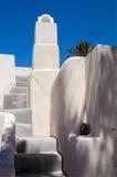 Белая греческая печная труба и шаги Стоковые Фотографии RF