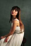 Белая девушка платья Стоковые Изображения