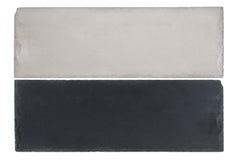 Белая и черная доска слябов шифера изолированных на белизне Стоковые Фотографии RF