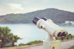 Белая камера биноклей настроила на точке зрения в Пхукете, Таиланде Стоковое Изображение