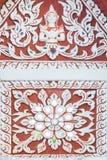 Белая картина штукатурки с скульптурой ангела Стоковые Фото