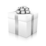 Белая красивая подарочная коробка вектора с лентой покрашенной серебром элегантной связыванной иллюстрация штока