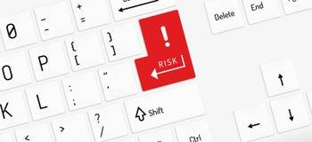 Белая клавиатура с ключом риска иллюстрация вектора