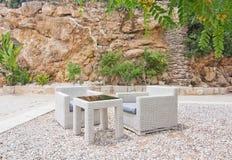 Белая мебель ротанга Стоковые Фотографии RF