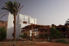 Белая мечеть в пустыне Египта Стоковое фото RF