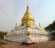Белая пагода в Bagan стоковая фотография