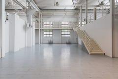 Белая пустая комната на фестивале 2014 йоги в милане, Италии Стоковые Фотографии RF