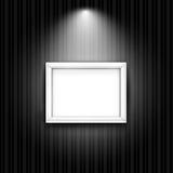 Белая рамка фото на черной striped стене вектор Стоковые Фотографии RF