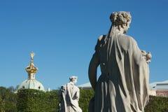 Белая статуя в дворце Стоковое Изображение RF