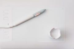 Белая таблетка графиков ручки Стоковая Фотография RF