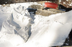 Белая текстура и лопатка штукатурки гипсолита Стоковое Изображение