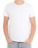 Белая футболка на изолированном человеке Стоковые Фото