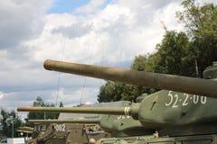 белизна бака армии изолированная предпосылкой Стоковая Фотография RF