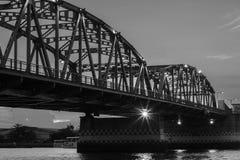 Белизна Бангкока моста задняя Стоковое Изображение RF