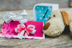 белизна венчания вектора приглашения чертежей карточки предпосылки Стоковые Изображения