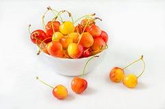белизна вишни предпосылки легко извлеченная изолированная Сельское хозяйство Конец-вверх Взгляд сверху Стоковое Фото