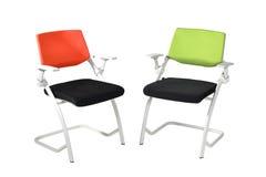 белизна вопроса офиса стула предпосылки изолированная мебелью Стоковая Фотография