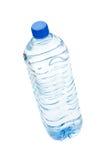 белизна воды соды предпосылки изолированная бутылкой Стоковая Фотография RF