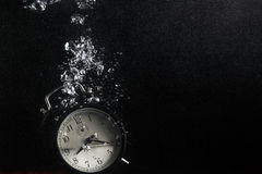 белизна времени предмета предпосылки изолированная принципиальной схемой стоковые фотографии rf