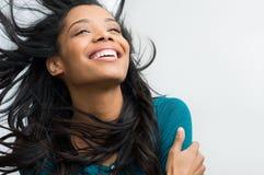 белизна девушки летания предпосылки изолированная волосами Стоковое фото RF