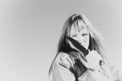 белизна изолированная девушкой воинская Стоковые Изображения RF
