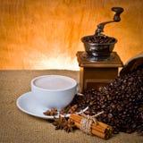 белизна изолированная кофе установленная Стоковое Фото