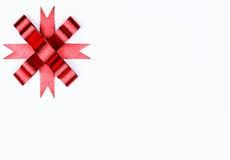белизна изолированная смычком красная Стоковые Фотографии RF