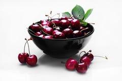 белизна изоляции вишни сладостная Стоковые Изображения