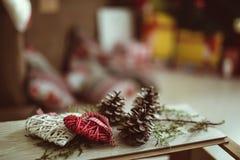 белизна изоляции декора рождества стоковые фотографии rf
