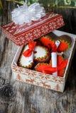 белизна изоляции подарков рождества Стоковые Фотографии RF