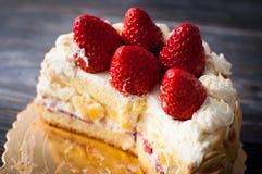 белизна изоляции плодоовощ торта Стоковое Изображение RF