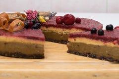 белизна изоляции плодоовощ торта Стоковые Фото